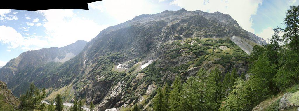 Rando pépouze pour visiter le vallon du Sélé, jusqu'au refuge éponyme.
